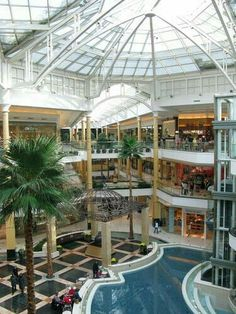 Somerset Collection, north mall, Troy, MI
