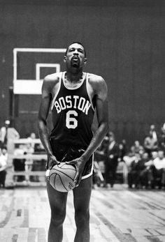 Yes sir, Bill Russell Sport Basketball, Celtics Basketball, Basketball Pictures, Basketball Legends, Basketball Players, Basketball Shirts, Celtic Pride, Bill Russell, Basketball Photography