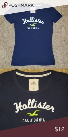 10212f591b Hollister tshirt Large Hollister tshirt Large Navy with white and green  Perfect condition! Make an