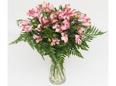 Ramo de Astromelias de Artifresia Floristas asociada a nuestra plataforma web www.flores.apanymantel.com para cubrir a domicilio Torrejón de Ardoz
