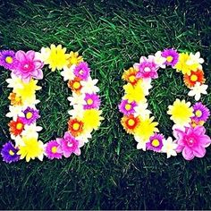 Delta Gamma Flowers: We love these homemade letters! What other DIY crafts can you think of?