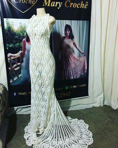 Crochet Wedding Dresses, Wedding Gowns, Diy Crochet, Crochet Baby, Pineapple Crochet, Toque, Crochet Clothes, Short Skirts, Dress Skirt
