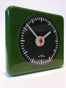 1970s KRUPS WALL CLOCK Eames Panton Space Age UFO 60s on eBay (end time 28-Nov-10 20:25:08 GMT) ($50-100) - Svpply