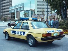 """""""Historic"""" Australian Police cars - QLD Highway Patrol in Old Police Cars, Ford Police, Auto Service, Public Service, Emergency Vehicles, Police Vehicles, Aussie Muscle Cars, Victoria Police, Australian Cars"""