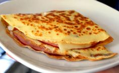 ham, cheese, and egg crepes.breakfast, lunch, or dinner! I made these tonight with Costco already made crepes with turkey egg and cheese yummy!I'm doing Monte Cristo Crepes! Breakfast Crepes, What's For Breakfast, Savory Breakfast, Best Crepe Recipe, Crepe Recipes, Ham And Cheese Crepes, Savory Crepes, French Crepes, Salads