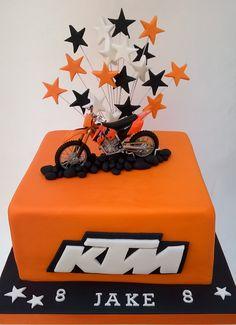Motocross Cake, Motorbike Cake, Birthday Fun, Birthday Cake, 6th Birthday Parties, Motor Cake, Dirt Bike Cakes, Cake Design For Men, Motorcycle Birthday