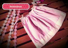 Mira este artículo en mi tienda de Etsy: https://www.etsy.com/es/listing/398384389/vestido-bebe-rosa-con-lazos-blancos
