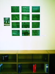 """ streetgraphic green""  Feld mit 12  Photographien, digital bearbeitet"