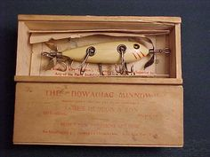 Old Wooden Fishing Lures