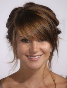 Love Shailene Woodley's bangs? Re-create the look with the Full-Sweeping Side Fringe hair extensions by Hair2wear.