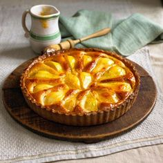 Try this delicious Normandy pear tart recipe plus other dessert ideas and dinner party recipes Desserts Français, Dinner Party Desserts, Dessert Recipes, Dessert Ideas, Birthday Desserts, Dinner Parties, Sweet Desserts, Plated Desserts, Appetizer Recipes