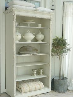 Finally White Blog. If you love LOTS of shabby white this one is for you.