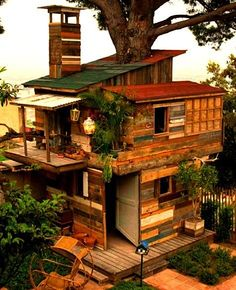 Smallest Tree House In The World pineva on design | pinterest | tree houses, treehouses and