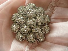 Clara round wedding bridal rhinestone crystals sparkling brooch pin