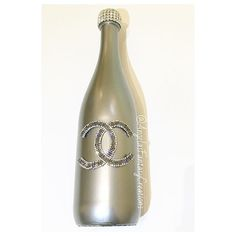 Perfect #Chanel themed #Christmasgift #champagnebottle on its way for someone in #newyork. We are still taking a few more orders for #bottles tomorrow so hurry and get them in time for the holidays!!!!! #memorybottlle #champagne #poppinbottles #homedecor #interiordesign