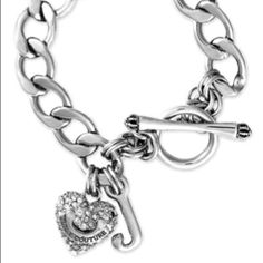 I love juicy couture jewlery <3