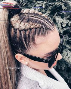 44 Ideas de Peinados Juveniles que te Encantarán By Diyanu hairmakeup 389068855309287777 French Braid Hairstyles, Dance Hairstyles, Twist Hairstyles, 4 Braids Hairstyle, Unique Braided Hairstyles, Ethnic Hairstyles, Hairstyles 2018, Braided Updo, Long Hairstyles