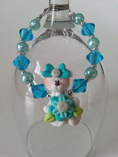 Here is an unique gift for little girl. ( 3 years old and over ) A bracelet made with a cute fimo bear and glass beads. Lengh : 6 inches ************ My jewelry are made to be as secure and safe as Cadeau St Valentin, Aluminum Wire Jewelry, Valentine Day Gifts, Valentines, Little Girl Gifts, Ring Necklace, Bead Weaving, Bracelet Making, 6 Inches