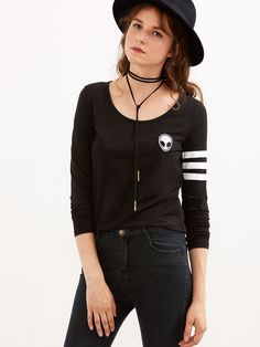 9$  Buy now - http://di7s3.justgood.pw/go.php?t=6103 - Black Varsity Striped Sleeve T-shirt With Alien Patch 9$