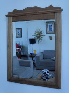 Moldura de espelho feita de madeira maciça. Peça única. TRAPICHE VINTAGE