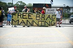 Protesters rally to support Wikileaks supporter Bradley Manning