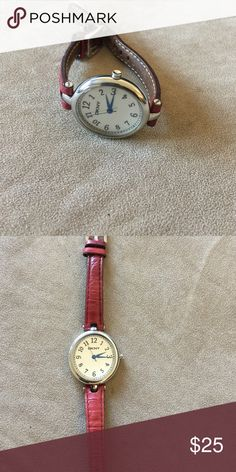 DKNY leather watch In excellent condition. Leather dark brown straps. Excellent watch for work or everyday. Accessories Watches