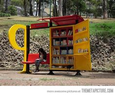 cool-library-books-bus-stop