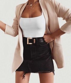 Outfit of the day 👌🏻 Style Outfits, Girly Outfits, Mode Outfits, Cute Casual Outfits, Skirt Outfits, Winter Fashion Outfits, Look Fashion, Spring Outfits, Girl Fashion