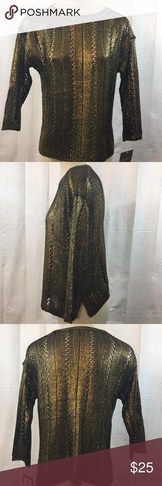 """Black Gold Foil Print Open Weave Sweater 3/4 Slv MEASUREMENTS: Shoulder to Shoulder: 20.5"""" Armpit to Armpit: 18"""" Length: 21"""" Ellen Tracy Sweaters Crew & Scoop Necks"""