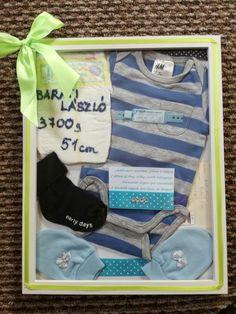 Kisfiam születésekor készítettem, emlékezve a kisruhájára,zoknijára, és a korházi szalagjára.