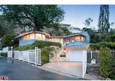 Kelly Osbourne Lists Cutie Home In Hollywood Hills | Zillow Blog