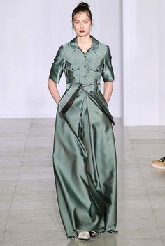 Yang Li Fall 2015 Ready-to-Wear Fashion Show