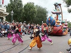 Disneyland Paris 2014-2015 - Disneyland 5* - 2 NOPTI SI 2 ZILE GRATUITE Disneyland Paris, Moldova, Street View, Tours
