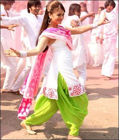 Patiala Salwar (some day) Indian Designer Suits, Indian Suits, Indian Attire, Indian Dresses, Indian Wear, Indian Designers, Indian Clothes, Patiala Salwar Suits, Churidar