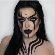 Looking for for inspiration for your Halloween make-up? Browse around this website for cool Halloween makeup looks. Ghost Makeup, Scary Makeup, Demon Makeup, Witch Makeup, Skull Makeup, Prom Makeup, Hair Makeup, Face Makeup Art, Ninja Makeup