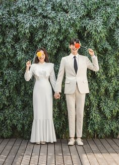 Pre Wedding Poses, Pre Wedding Photoshoot, Couple Photoshoot Poses, Couple Photography Poses, Foto Wedding, Dream Wedding, Prenup Photos Ideas, Prenuptial Photoshoot, Minimal Wedding Dress