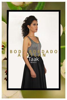 BODY BORDADO ACAXOCHITLAN 16-17 #Radikal by #taakmx #teamtaak #taakmx #moda #hechoamano #madetomeasure #belleza #talentomexicano #talento #estilo #style #mexico #tradicion #hidalgo #womenswear #office #smart #smartcasual twitter.com/... www.instagram.com... www.facebook.com/... www.taakstyle.com/