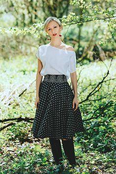REPARADA / Kolová sukně ze strážnického modrotisku Folksofie Fancy, Style Inspiration, Skirts, Vintage, Design, Skirt, Inspired Outfits, Design Comics, Primitive