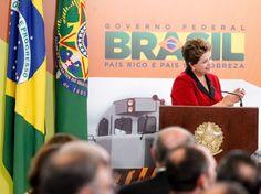 Presidente Dilma Rousseff durante cerimônia de anúncio do Programa de Concessões de Rodovias e Ferrovias no Palácio do Planalto