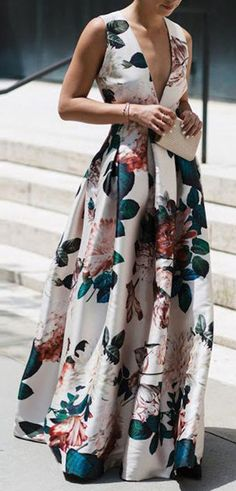 Floral Dress Stylish Floral Print Sleeveless Maxi Dress The post Floral Dress appeared first on Kleider Sommer. Source by tobiesickles floral dress Stylish Dresses, Elegant Dresses, Fashion Dresses, Maxi Dresses, Fashion Clothes, Woman Dresses, Swing Dress, Dress Skirt, Dress Up