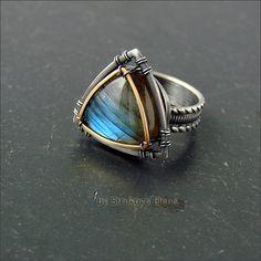 Струкова Елена - авторские украшения - Кольцо с лабрадором