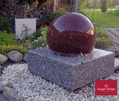 Granitbrunnen Mit Drehender Granitkugel