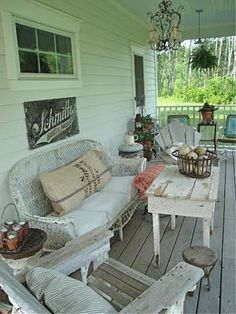 Love the porch-great place for guest to sit and enjoy a glass of tea, or wine and enjoy the view.....ms