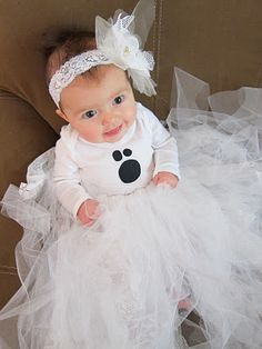 DIY: Baby Ghost Halloween Costume Tutorial Revealed To make this costume I used my sister's tutu tutorial found HERE. Ghost Halloween Costume, Halloween Costumes For Girls, Baby Halloween, Halloween Crafts, Halloween Decorations, Halloween Ideas, Kid Costumes, Children Costumes, Halloween Halloween