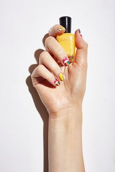 Snapchat Rainbow nails