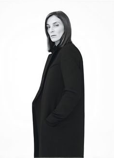 Phoebe Philo CELINE 2011 Photography by Willy Vanderperre Styled by Jane How Phoebe Philo, Celine Coat, Crombie Coat, Fashion Designer, Facon, Runway Models, Look Fashion, Fashion 2018, Street Fashion
