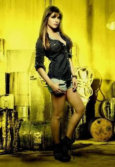 Priyanka Chopra Latest Hot & Sexy Stills From Zanjeer. Girl Celebrities, Indian Celebrities, Celebs, Beautiful Bollywood Actress, Beautiful Actresses, Priyanka Chopra Hot, Girl Photo Poses, Mellow Yellow, Fashion Pictures