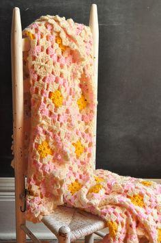 Vintage Afghan Blanket Peach Pink Creamy Delight