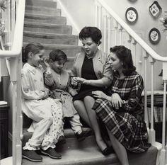 Judy Garland with her children