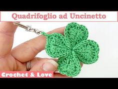 Four leaf clover keychain is very creative and modern accessory. It's fast and fun project also great for those who love new and crazy ideas. crochet ideas creative Crochet Four Leaf Clover Keychain Crochet Flower Patterns, Crochet Flowers, Crochet Keychain Pattern, Creative Knitting, Crochet Amigurumi, Four Leaf Clover, Crochet Videos, Crochet For Beginners, Learn To Crochet